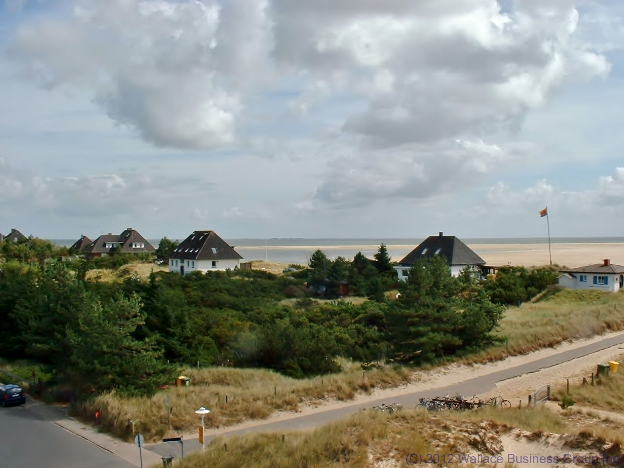 A view of the beach and the Kniepsand