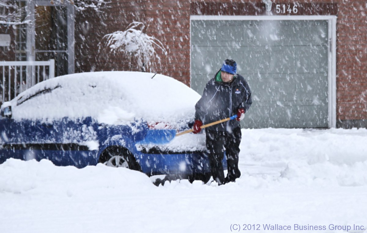 Good Color Coordination? Car, Shovel & Toque ALL match!